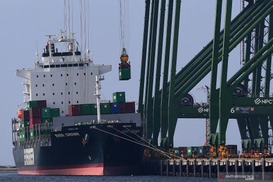 DPR apresiasi tren surplus neraca perdagangan pada 2021
