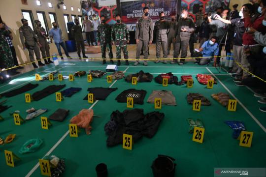 Satgas amankan puluhan barang bukti milik teroris Poso yang tertembak