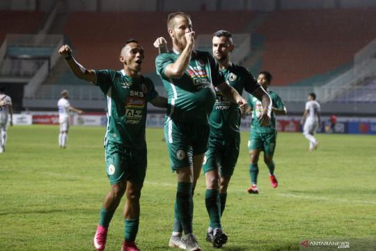 """Dejan """"angkat topi"""" untuk pemain setelah PSS taklukkan Arema FC"""