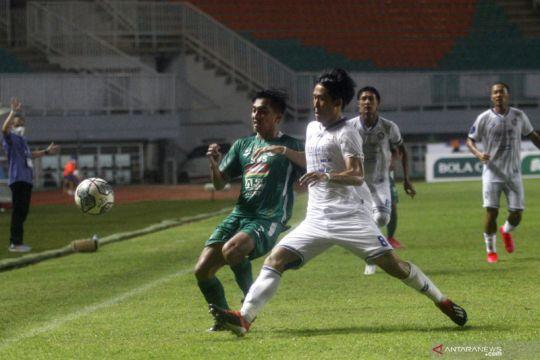 Pelatih Arema minta pemainnya tak disalahkan atas kekalahan dari PSS