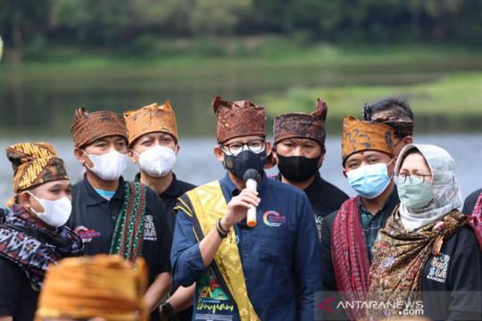 Menparekraf terkesan keindahan alam dan budaya Ranupani Lumajang
