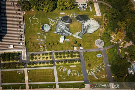 Karya seni seluas 11.000 meter persegi hiasi kantor PBB