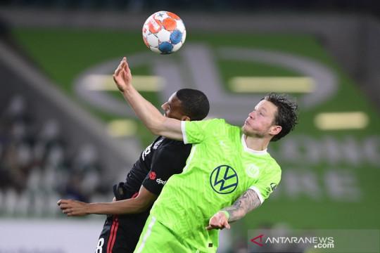 Frankfurt jadi tim pertama yang meraih poin dari Wolfsburg musim ini