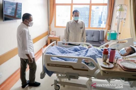 Presiden Jokowi beri bantuan kepada legenda badminton Verawaty Fajrin