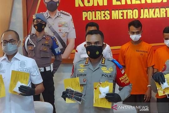 Polrestro Jakut tangkap dua kurir sabu dua kilogram di Jelambar