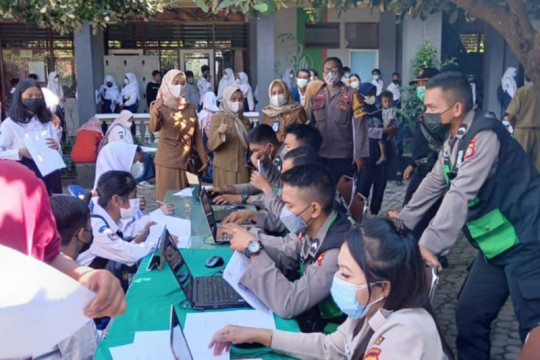 Vaksinasi COVID-19 untuk pelajar Mataram capai 52,41 persen