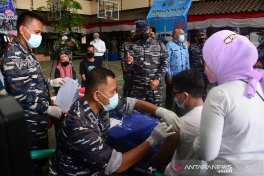 TNI AL gencarkan vaksinasi COVID-19 di Jakarta Utara