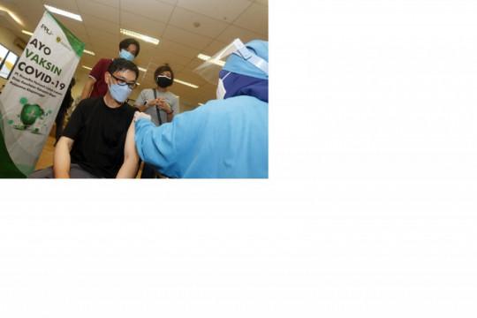 PT PPLI suntik vaksin 1.400 warga di Klapanunggal Bogor