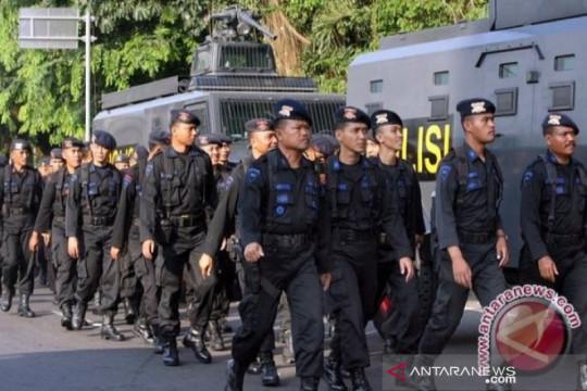 Polda Riau kirim 30 personel Brimob kawal atlet Riau di Papua