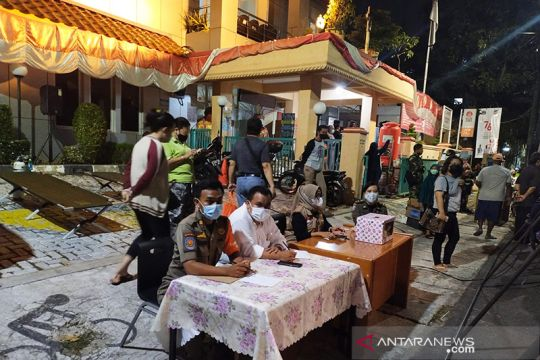 Jakarta Barat akan vaksin pekerja Taman Sari pada Sabtu malam