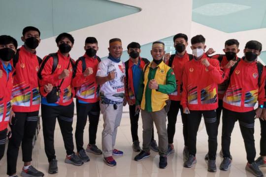 Kontingen Sulawesi Selatan mulai berangkatkan atlet futsal ke Papua
