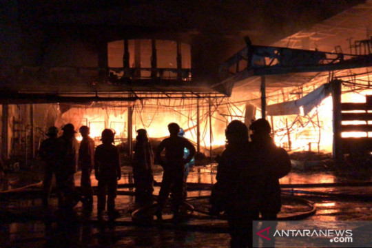 DKI sepekan, kebakaran swalayan hingga klaster COVID-19 di sekolah