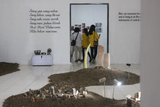 "Komunitas KAHE gelar pameran seni ""Re-Imagine Bikon Blewut"""