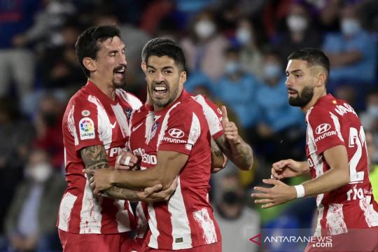 Dwigol Luis Suarez bawa Atletico bangkit kalahkan Getafe