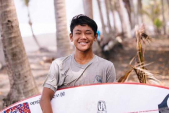 Bali borong emas ekshibisi selancar ombak PON Papua lewat Ryuki Waida