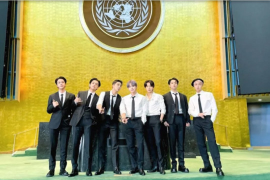 BTS kenakan setelan berkelanjutan di sidang PBB