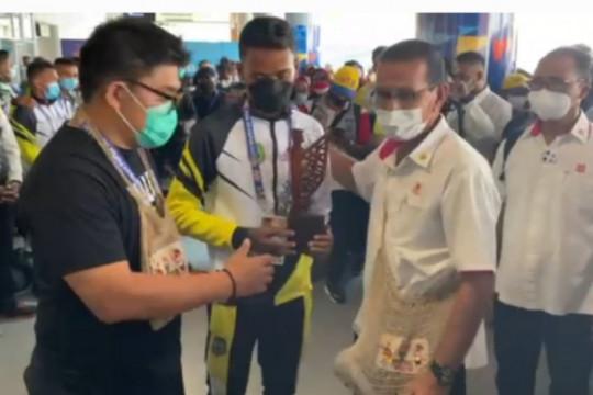 Kedatangan tim futsal Maluku Utara disambut warga di Timika