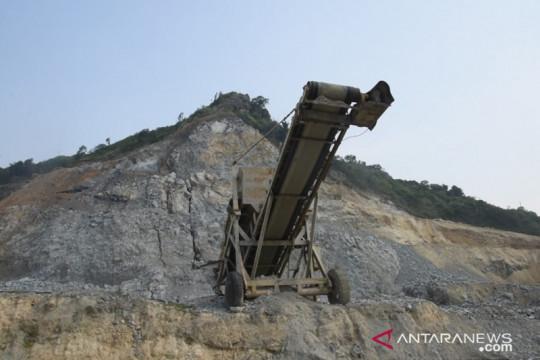Anggota DPR: Gunung Sindanggeulis terbelah akibat penambangan