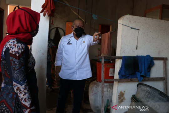 Ketua DPD RI dorong inovasi masker ramah lingkungan