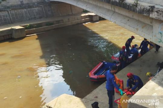 Jenazah bocah 13 tahun ditemukan warga di Kali Ciliwung
