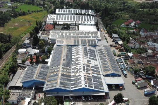 Ridwan Kamil dorong industri kembangkan PLTS atap