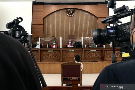Kuasa hukum Jumhur keberatan jaksa tak anggap saksi dan bukti terdakwa