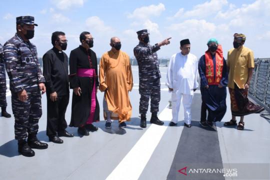 TNI AL gelar doa bersama tokoh lintas agama