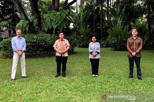 Dubes Inggris dan Italia temui aktivis muda iklim Indonesia