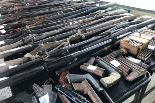 Satgas Pamtas RI-Timor Leste telah terima 144 senjata api dari warga