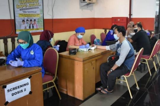 """Vaksinasi """"Sapu Jagat"""" di GOR Ciracas targetkan 1.000 peserta"""