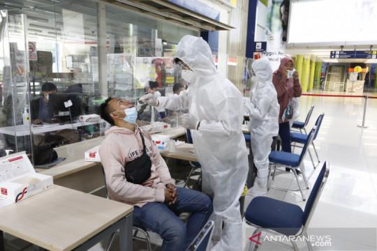 PT KAI Daop 1 turunkan tarif tes antigen di stasiun jadi Rp45 ribu