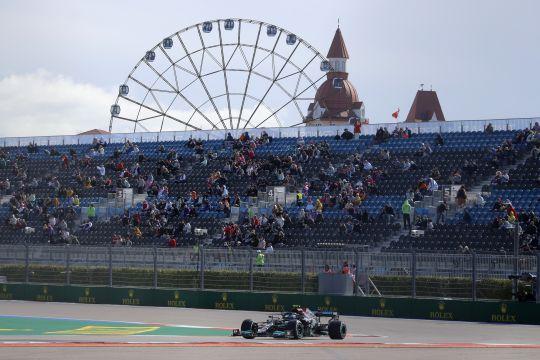 Bottas pimpin finis 1-2 Mercedes di FP1 GP Rusia