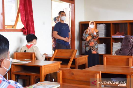 3 siswa COVID-19, Disdikpora Gunung Kidul hentikan PTM SMPN 2 Panggang