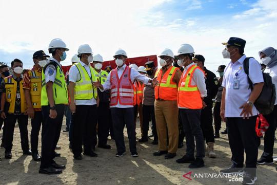 Menhub pastikan pembangunan bandara di Papua terus berjalan