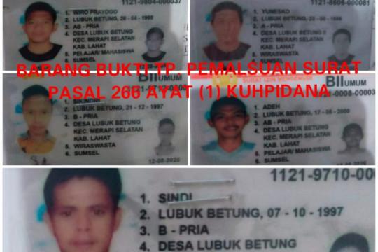 Polisi tangkap komplotan pembuat SIM B2 Umum palsu di Lahat Sumsel