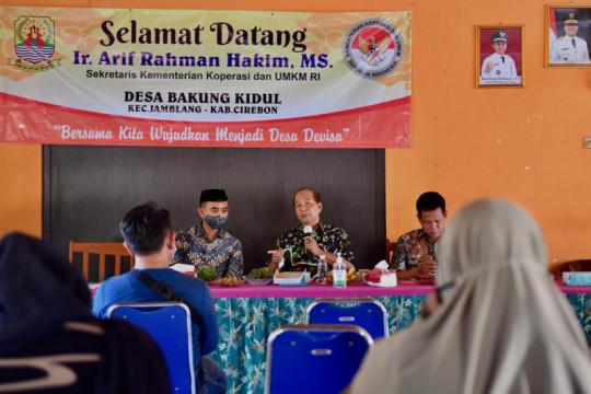 Kemenkop siap bantu perluas pasar produk rotan Cirebon