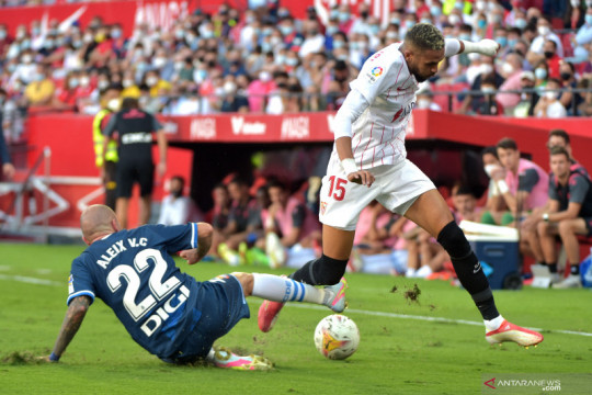 Sevilla amankan tiga poin seusai bekuk Espanyol