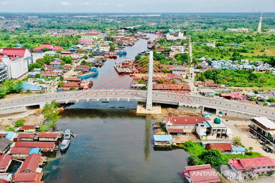 Presiden Jokowi perintahkan Jembatan Sei Alalak Kalsel segera dibuka