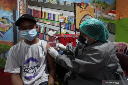 Vaksinasi COVID-19 dosis lengkap capai 48.526.648 orang