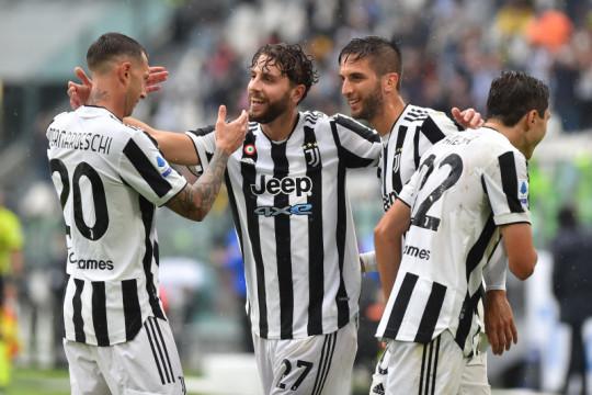 Juventus petik kemenangan kandang pertama