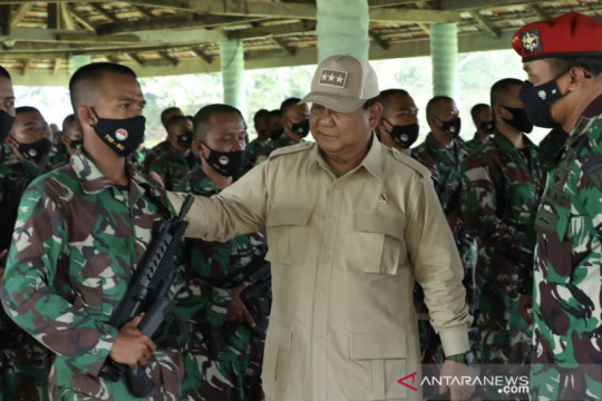 Menhan RI tinjau latihan 2.500 siswa komponen cadangan di Bandung