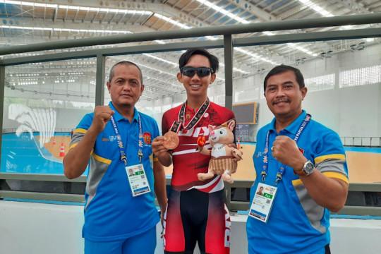 Sepatu roda persembahkan medali pertama untuk DIY