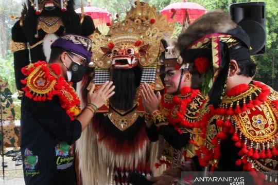 Penari Bali sebut Sandiaga Uno pemimpin idaman milenial