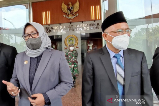Bupati Bogor minta legislatif kompak atasi defisit Rp794 miliar