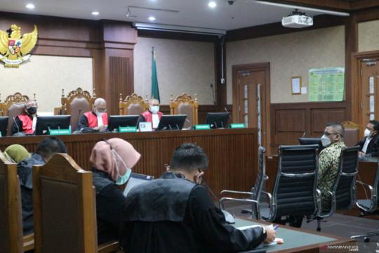 Kerabat eks Sekretaris MA dituntut 7 tahun penjara