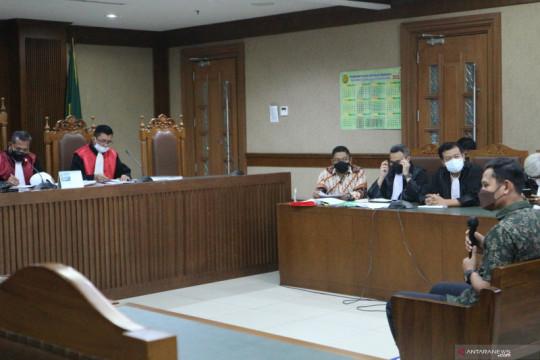 Saksi: Azis Syamsuddin bertemu dengan eks penyidik KPK saat kunker