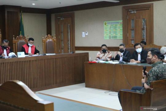 Anggota Polri akui kenalkan Azis Syamsuddin dengan eks penyidik KPK