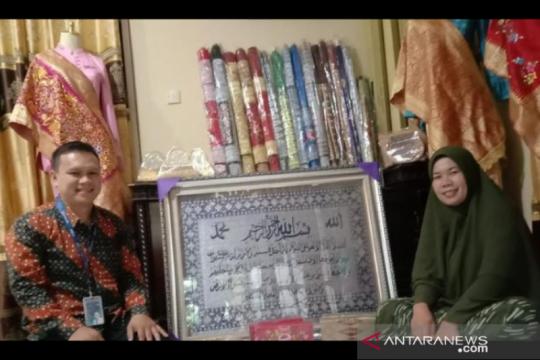 Berbekal modal BRI, Bubu Songket asal Padang bangkit kembali