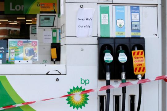 Inggris krisis BBM, hampir 90 persen SPBU kehabisan stok