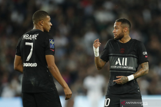 Mauricio Pochettino bantah adanya perseteruan antara Mbappe dan Neymar
